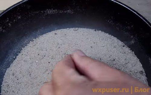 просеять песок для свечей зажигания